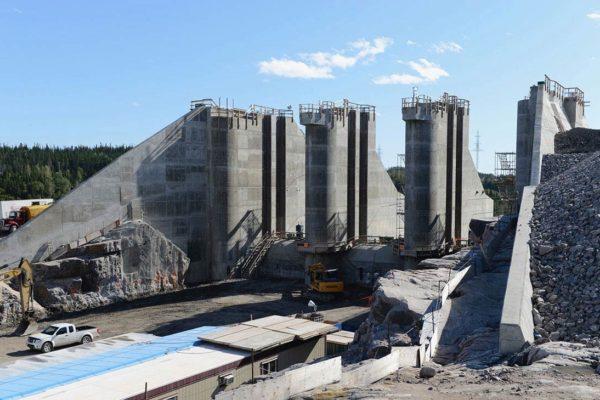 Centrale hydro-électrique La Romaine